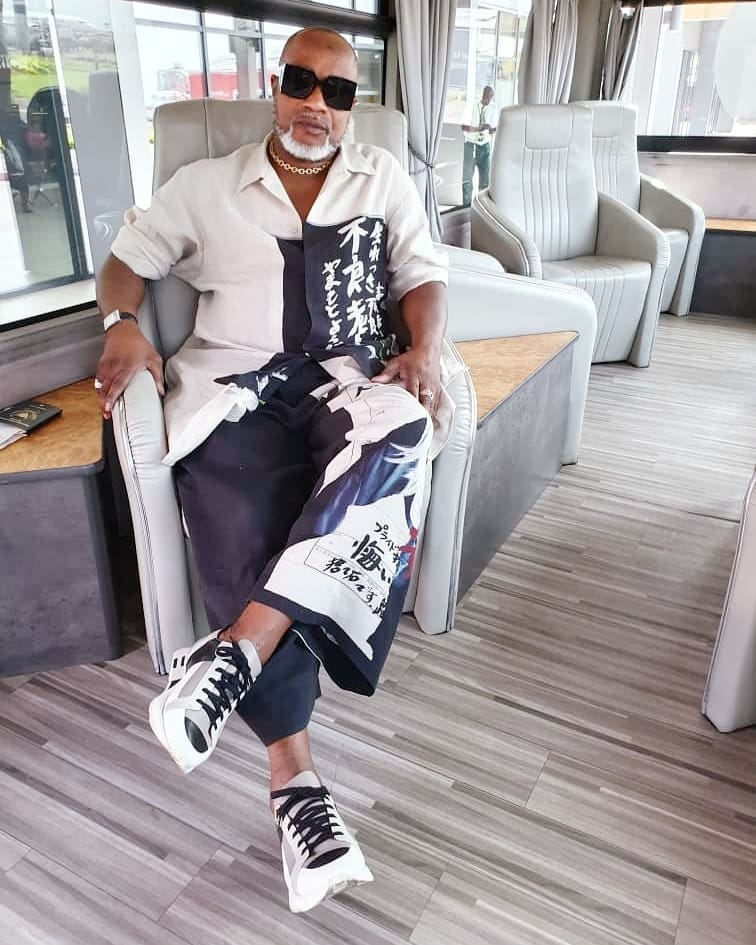 DOWNLOAD MP3 Koffi Olomide - B'Ados