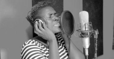 DOWNLOAD GOSPEL Gerda Chambala - Nafsi Yangu Cover MP4
