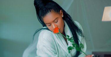 MP3 DOWNLOAD Lady Jaydee - I Love My Self